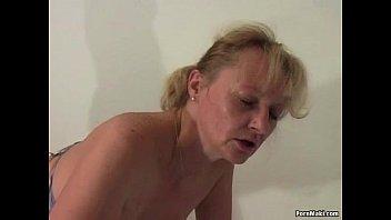 Оросил семенной жидкостью выпившую мать