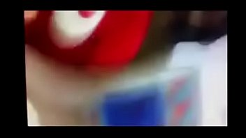 Секс в анальное отверстие с рыжей красавицей с пирсингом в языке