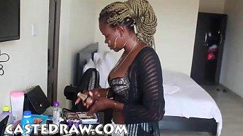 Неля стоне во время порно с массажистом